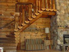 Split log staircase to the loft
