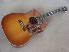 The Gibson Hummingbird- Learn to play acoustic guitar on a Gibson