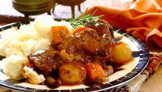 Oxtail potjie with pickled onions – Resepte – Oxtail potjie with pickled onions – Recipes – South African Dishes, South African Recipes, Ethnic Recipes, Beef Recipes For Dinner, Grilling Recipes, Pickle Onions Recipe, Oxtail Recipes, Curry Stew, Lasagne Recipes