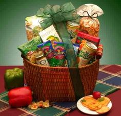 Heart Healthy Vegetarian Snack Food Basket - Fathers Day Gift Idea for Men -- Continue to the product at the image link. Heart Healthy Snacks, Healthy Gourmet, Gourmet Recipes, Healthy Foods, Healthy Recipes, Gourmet Gift Baskets, Gourmet Gifts, Food Gifts, Diy Gifts