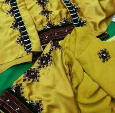 Dresses For Sale, Nice Dresses, Casual Dresses, Balochi Dress, New Dress, Pakistani Dress Design, Pakistani Dresses, Balochi Girls, New Designer Dresses