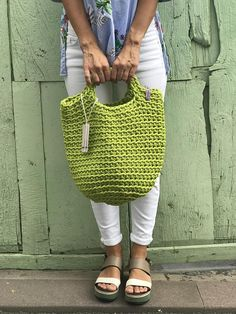 Scandinavian Style Crochet Bag Minimalistic Easy care Washable Color retention Super strong 38 cm width x 46 cm height 100% polyester 100% handmade