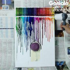 Mit Wachsmalstiften und einem Fön machst du dieses wunderschöne Bild von buntem Regen. Ein Hingucker für jede Wand! #crayon #wachsmalstift #wachsstift #wachsmaler #bild #basteln #kunst