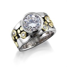 Big beautiful diamond joins our classic River Pebbles Ring for the #jewelryaddict in you!