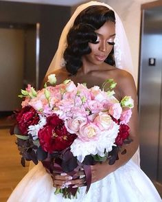 If you are looking for some ideas of selecting your bridal bouquet, then browse through our beautiful collection of gorgeous bridal bouquets. Black Wedding Hairstyles, Bridal Hairstyles, Dream Wedding, Wedding Day, Bride Makeup, Wedding Makeup, Black Bridal Makeup, Black Bride, Wedding Dress Trends