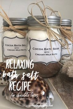 Relaxing Bath Salt recipe for chocolate lovers Salted Chocolate, Chocolate Gifts, Chocolate Lovers, Chocolate Recipes, Bath Bomb Recipes, No Salt Recipes, Diy Beauty, Beauty Tips, Bath Salts Recipe