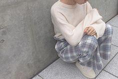 Image in fashion collection by xxHikaruxx on We Heart It Korean Fashion, Turtle Neck, Street Style, My Style, Sweaters, Collection, K Fashion, Urban Style, Korea Fashion