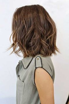 Long Bob Hairstyles for Thick Hair 2019 - lifestyle trends mädchenfrisuren ideen mittellanges haar wellig - Frauen Haare Style Bob Hairstyles For Thick, 2015 Hairstyles, Bob Haircuts, Girl Hairstyles, Wedding Hairstyles, Trendy Hairstyles, Brown Hairstyles, Neck Length Hairstyles, Layered Hairstyle