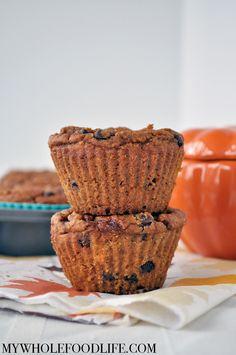 Gluten-Free Pumpkin Muffins (made with chickpea flour and oat flour) Best Gluten Free Desserts, Gluten Free Muffins, Gluten Free Oats, Gluten Free Pumpkin, Healthy Muffins, Gluten Free Baking, Vegan Baking, Dairy Free Recipes, Healthy Baking