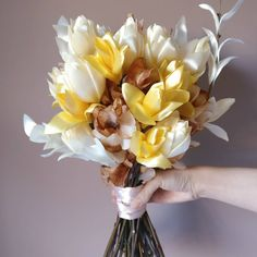Take a look to one of my latest Satin Flowers Bouquet creation!