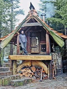 Forest Cottage ~ Queen Charlotte Islands off the coast of Vancouver. Lloyd Kahn's Tiny Homes: Simple Shelter gives endless visual examples and the stories behind some inspiring tiny houses. Bohemian House, Tyni House, House Front, Sauna House, Cabin In The Woods, Unusual Homes, Cabins And Cottages, Small Cabins, Log Cabins