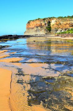 If there's one Australian State which should be on every travelers list it's New South Wales; an amalgamation of old-world charm and modern city vibe.