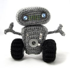 Download Meap The Robot Amigurumi Pattern (FREE)