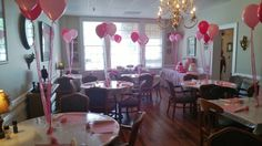 Girl baby shower - simple balloons