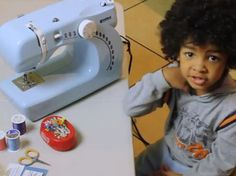 Teaching Kids to Sew + Easy Sewing Projects for Kids by Craft Foxes #sewing #kids