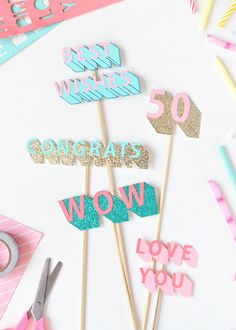 Learn how to make a rad cake topper for your next party! Diy Cake Topper, Cupcake Toppers, Congratulations Cake, Festa Party, Party Party, House Party, Party Ideas, Idee Diy, Diy Party Decorations