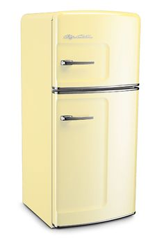 Would love to have Buttercup Yellow appliances in my kitchen.  So happy.