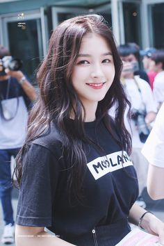 Momoland Nancy was born on April to a korean mother and american father. Nancy Jewel Mcdonie, Nancy Momoland, Korean Beauty, Asian Beauty, Half Korean, Mnet Asian Music Awards, Cute Beauty, Beautiful Girl Image, Girl Bands