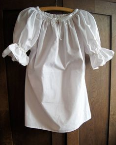 Ženská  krojová košeľa Folk Costume, Costumes, Off Shoulder Blouse, Ruffle Blouse, Faces, Culture, Clothes, Tops, Fashion