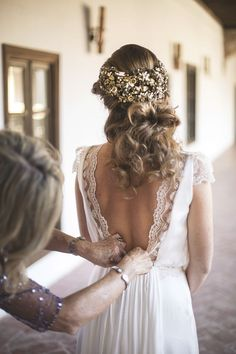 Volvoreta. Fotografía Artística de bodas: ABRAZOS Y PUESTAS DE SOL EN LUPIANA                                                                                                                                                                                 Más