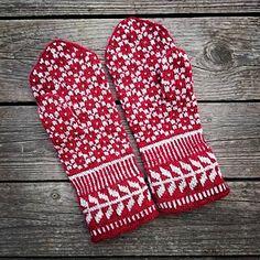 Knitting inspiration ravelry beautiful 47 New Ideas Knitting Charts, Lace Knitting, Knitting Stitches, Knitting Socks, Knit Crochet, Knitting Patterns, Crochet Patterns, Mittens Pattern, Knit Mittens
