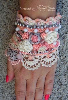Ganchillo pulsera brazalete brazalete hecho por KSZCrochetTreasures