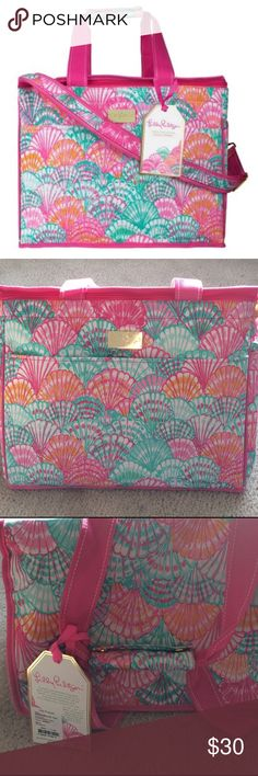 "NWT Lilly Pulitzer Insulated Cooler in Oh Shello PRICE IS FIRM! ❤️Brand NWT includes logo cover. Insulated cooler 15 1/2"" x 10"" x 12"" water resistant! Lilly Pulitzer Bags"