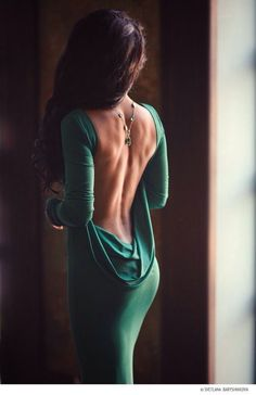 Such a kissable back, and often forgotten erogenous zone.