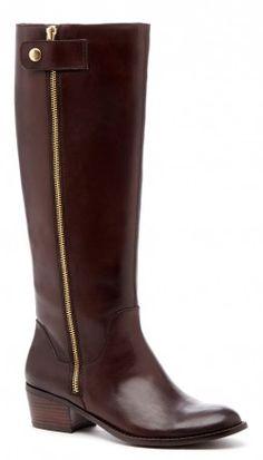 dark brown block heel boots  http://rstyle.me/n/pcfgepdpe