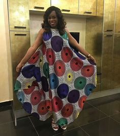 Here you can see the latest ⭐ANKARA STYLES More bright colours, quality fabrics, and interesting cuts! Take a glance at the unique Ankara Styles Ankara Maxi Dress, African Maxi Dresses, Latest African Fashion Dresses, African Print Fashion, Africa Fashion, African Attire, African Wear, African Style, Ankara Stil
