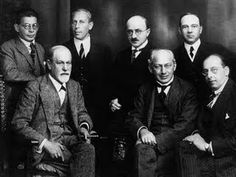 El Círculo de Viena (Wiener Kreis en alemán) fue un movimiento científico y filosófico formado por Moritz Schlick en Viena, Austria, en el año 1922 y disuelto definitivamente en 1936.