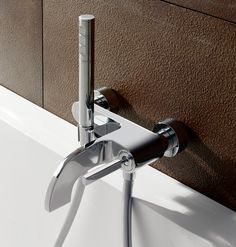 Bathtub Shower, Shower Arm, Shower Faucet, Shower Rose, Toilet Design, Innovation, Bathroom Fixtures, Shower Heads, Door Handles