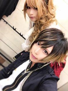 Hizaki and Rucy (jupiter) Visual Kei, Dreadlocks, Entertainment, Rock, Hair Styles, Beauty, Hair Plait Styles, Stone, Hair Makeup