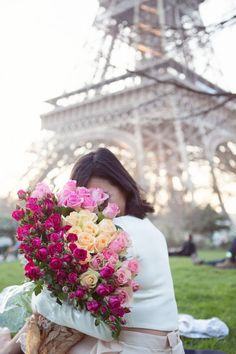 Springtime in Paris. Discover restaurants, bars, shops, clubs & cultural hotspots that locals love in Paris: www.10thingstodo.in