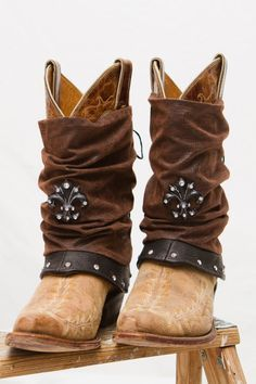 Items similar to Wubbz Boot Covers on Etsy Diy Fashion, Fashion Shoes, Fashion Accessories, Botas Boho, Bohemian Boots, Boot Jewelry, Over Boots, Boot Bling, Boot Toppers