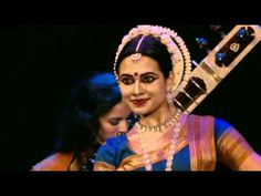 """Watch Anoushka Shankar perform """"Traveller"""" live at Girona Festival featuring the repertoire of her debut album on Deutsche Grammophon. Martha Graham, Hindustani Classical Music, Sound Film, Indian Classical Dance, John Cage, Tribal Dance, Indian Music, Contemporary Dance, Music Mix"""