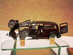 Serious Work Model Cars Kits, Kit Cars, Lowrider Model Cars, Truck Scales, Plastic Model Cars, Cover Model, Old Models, Scale Models, Cool Cars