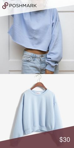 OVERSIZED SWEATER Baby blue oversized sweater. Size XS, but oversized :) NO TRADES OFFERS WELCOME SAVE 10% when you bundle. Boutique Sweaters Crew & Scoop Necks
