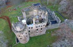 Manor Homes, Scotland Castles, Castle House, Beautiful Castles, Fortification, Medieval Castle, World Cultures, Royals, City Photo