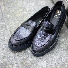 Fall/Winter Collection 2016 #saxshoes #shoes #scarpesax #madeinitaly #passioneitaliana #uomo #man #mood #fashionstyle #fashion #instafashion #tuscany #toscana #saxscarpe #colors #fallwinter2016 #lookbook