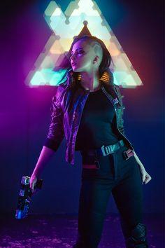V from Cyberpunk 2077 cosplay by Oichi : gaming Cyberpunk 2077, Mode Cyberpunk, Cyberpunk Girl, Cyberpunk Aesthetic, Cyberpunk Fashion, Fashion Goth, Steampunk Fashion, Cyberpunk Tattoo, New Retro Wave