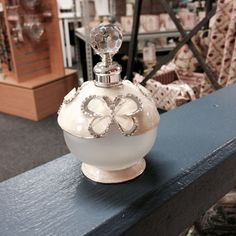 Cream Butterfly Round Bling Perfume Bottle - (32350876)