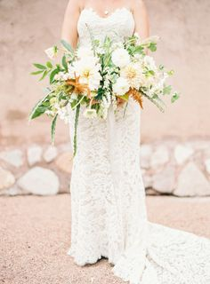 Rustic wedding bouquet: http://www.stylemepretty.com/2015/06/19/rustic-romance-at-cibolo-creek-ranch/ | Photography: Kayla Barker - http://www.kaylabarker.com/
