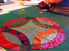 To celebrate the start of Fall (my preferred season) I tried a very traditional patchwork design    the Double Wedding Ring....but , of ...