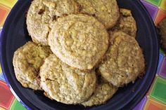 The Messy Texan: Low Carb Peanut Butter Cream Cheese Cookies Veggie Diet, Low Carb Peanut Butter, Cream Cheese Cookies, Veggies, Healthy Eating, Yummy Food, Chocolate, Breakfast, Desserts