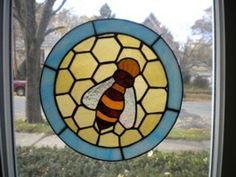 Honeybee - by Fairlight Glass