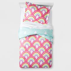 Product photo of a Target comforter set Dorm Room Styles, Rainbow Bedding, Rainbow Room, Simply Shabby Chic, Twin Comforter, Rainbow Print, Round Pillow, Fashion Room, Dorm Decorations