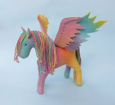 Rainbow Felt Horse , Felt Pegasus, Felt Unicorn Sewing Pattern to Make a tall Felt horse (or Pegasus). INCLUDES: Instructions and sewing pattern pattern in PDF form. Pdf Sewing Patterns, Free Sewing, Hand Sewing, Sewing Ideas, Sewing Projects, Sewing Toys, Felt Fairy, Horse Pattern, Waldorf Toys
