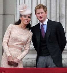 Kate Middleton and Prince Harry& VERY special bond watching Game . Prince Harry Of Wales, Prince William And Harry, William Kate, Prince And Princess, Princess Of Wales, Kate Harry, Kate Middleton, Herzogin Von Cambridge, Windsor