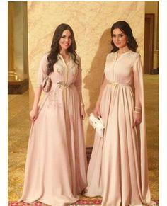 Moroccan caftan dresses by selma benomar Morrocan Dress, Moroccan Bride, Moroccan Caftan, Abaya Style, Hijab Style, Caftan Instagram, Arabic Dress, Oriental Dress, Caftan Dress